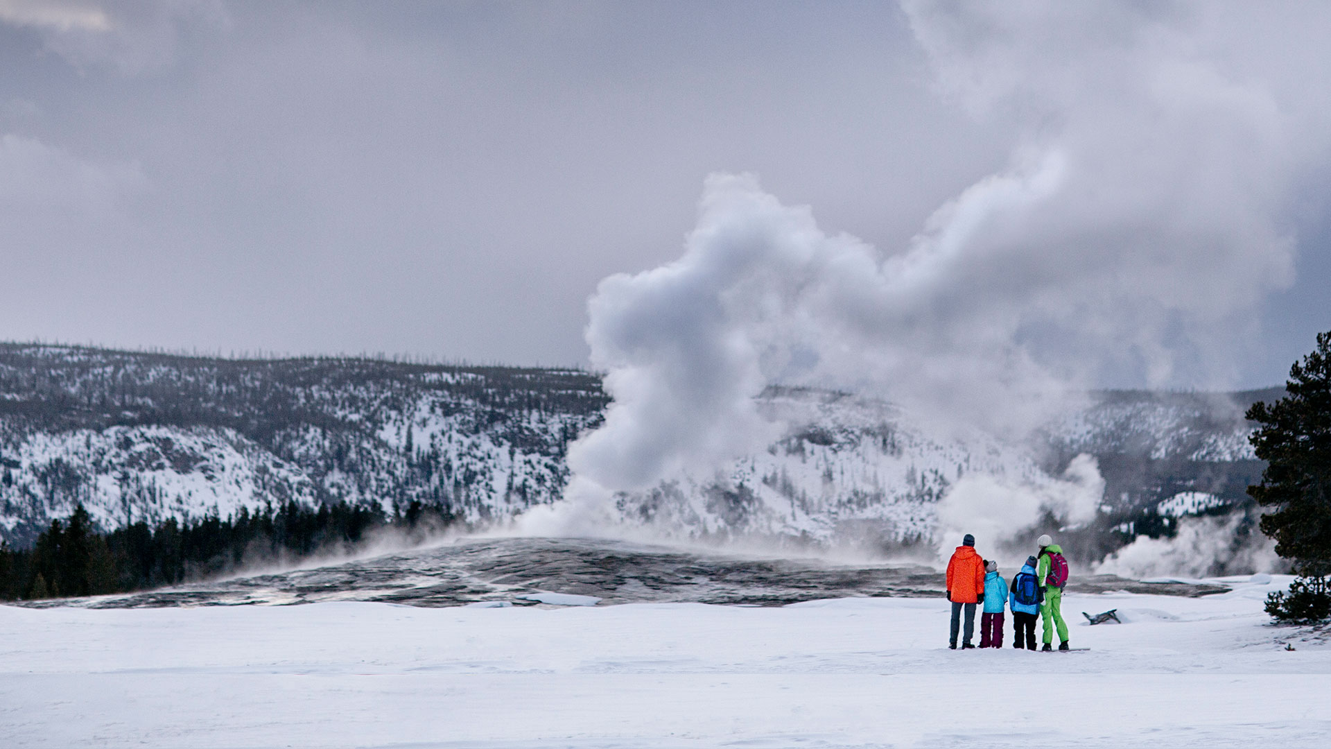 A Winter Guide To Yellowstone National Park