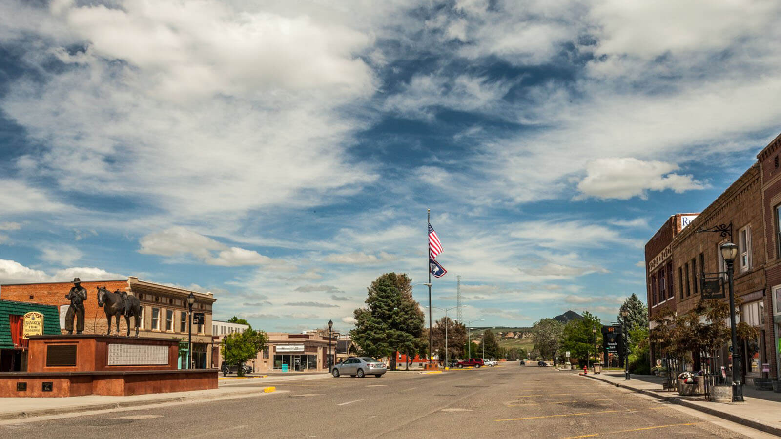 downtown Thermopolis street