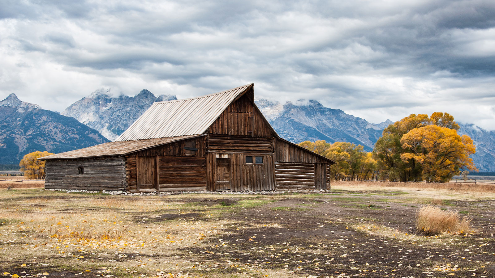 barn in front of Grand Teton National Park