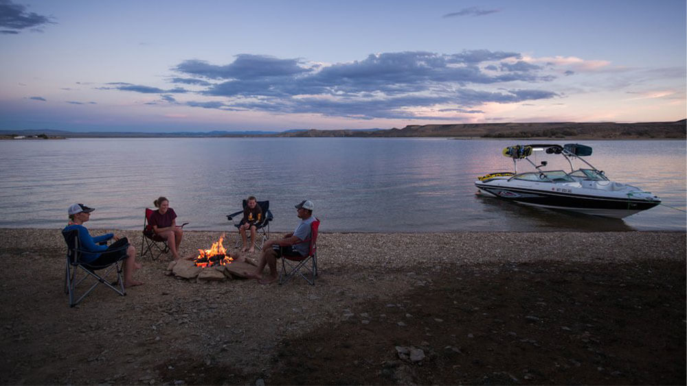Flaming Gorge reservoir with boat