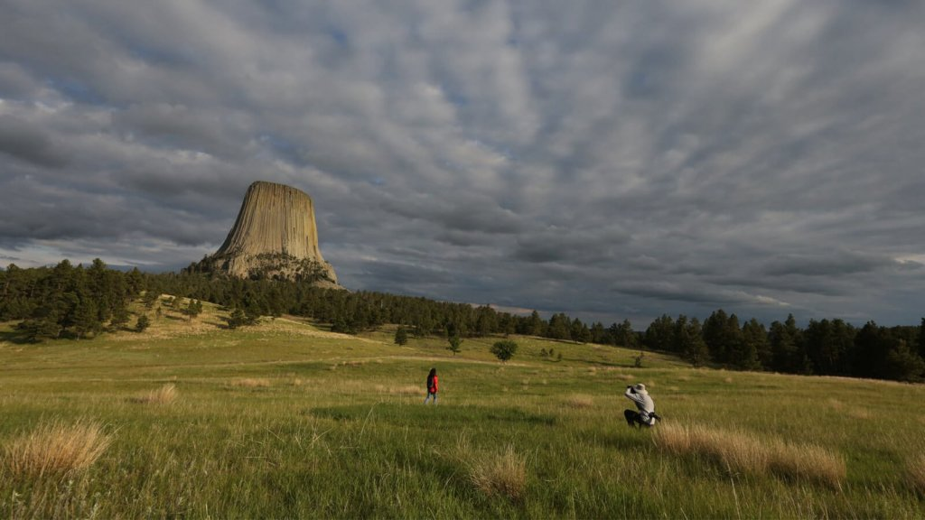Photographers in front of Devils Tower National Monument