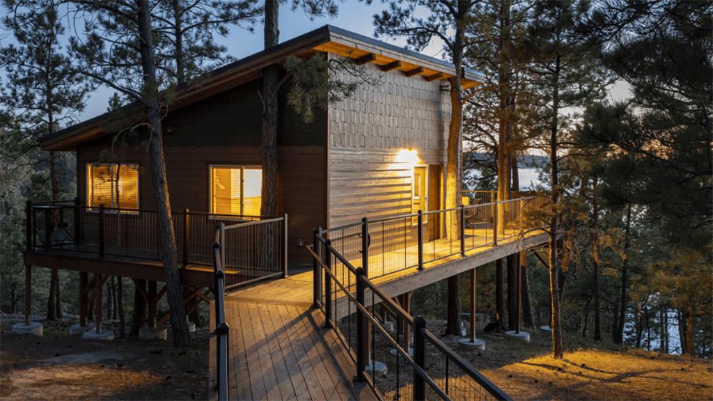 resort style cabin
